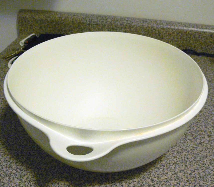 A big mixing bowl perfect for making bread.